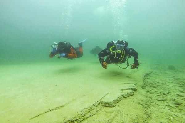 Typowe nurkowanie z przewodnikiem ;)